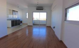 Foto Departamento en Venta en  Villa Devoto ,  Capital Federal  Av. Mosconi al 3300