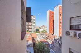 Foto Departamento en Venta en  Boca ,  Capital Federal  Aristobulo del Valle y Almirante Brown