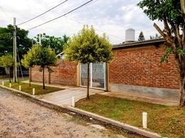Foto Casa en Venta en  Adrogue,  Almirante Brown  BOUCHARD nº 302, esquina Quintana