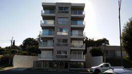 Foto Apartamento en Venta en  Colonia del Sacramento ,  Colonia  Mono ambiente sobre Rambla Costanera.