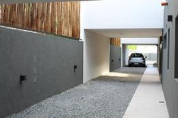 Foto Casa en Venta en  Castelar Sur,  Castelar  Anatole France al 2800