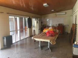 Foto Casa en Venta en  La Plata ,  G.B.A. Zona Sur  4 bis e/ 516 y 517