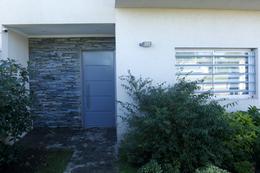 Foto Casa en Venta en  Joaquin Gorina,  La Plata  135 entre 479 y 480