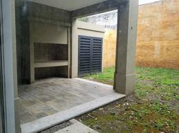 Foto Casa en Venta | Alquiler en  Banfield Oeste,  Banfield  Rodriguez Peña 468