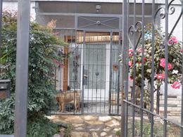 Foto Casa en Venta en  Villa Lugano ,  Capital Federal  Aquino al 6000