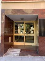 Foto Departamento en Alquiler en  Almagro ,  Capital Federal  PERON, JUAN D., PTE. al 4200