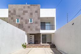 Foto Casa en Venta en  Miraval,  Cuernavaca  Venta de casa nueva, cerca de Plaza Cuernavaca…Clave 3389