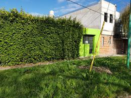 Foto Casa en Venta en  Tolosa,  La Plata  8 esq. 521 N° 1098