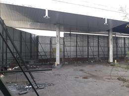 Foto Local en Venta | Alquiler en  Banfield,  Lomas De Zamora  Perón, Juan Domingo 3106