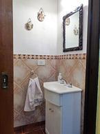 Foto Casa en Venta en  Carapachay,  Vicente Lopez  Angel T. de Alvear al 5700
