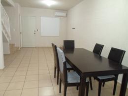 Foto Casa en condominio en Venta en  Prado Norte,  Cancún  Se Traspasa Casa en Cancun 2 Niveles  Alberca Área Común  Seguridad 24/7  Prado Norte
