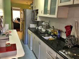 Foto Departamento en Venta | Alquiler en  Pocitos ,  Montevideo  Barbacoa propia, Apartamento Scocería, metros del mar