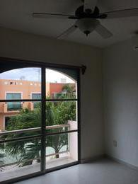 Foto Casa en condominio en Renta en  Supermanzana 524,  Cancún  Supermanzana 524