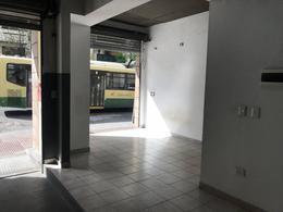 Foto Local en Venta en  Boedo ,  Capital Federal  San Juan al 3400
