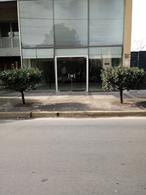 Foto Oficina en Alquiler en  Moreno,  Moreno  Av. Libertador al 300