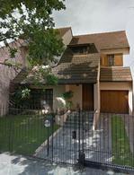 Foto Casa en Venta en  Adrogue,  Almirante Brown  DE KAY 455, entre Canale y J de la Peña