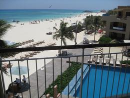 Foto Departamento en Venta en  Playa del Carmen Centro,  Solidaridad  EL FARO 309| 2 HAB| JACUZZI| FRENTE A LA PLAYA | OCEAN VIEW
