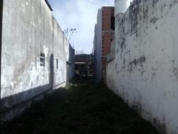Foto Local en Venta en  La Plata,  La Plata  80 entre 121 y 122