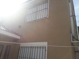 Foto Casa en Venta en  Quilmes Oeste,  Quilmes  383 Bis 4612
