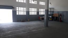 Foto Nave Industrial en Venta | Alquiler en  General San Martin,  General San Martin  Almeyra al 3100