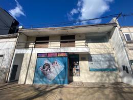 Foto Local en Venta en  La Plata ,  G.B.A. Zona Sur  56 Entre 19 y 20