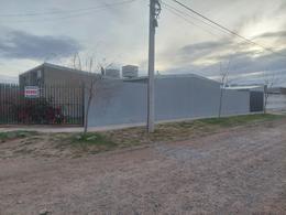 Foto Casa en Venta en  Confluencia Urbana,  Capital  Barrio La Ruca. Calle San Pedro. Centenario. Casa en Venta