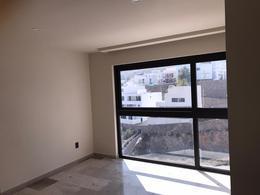 Foto Departamento en Renta en  Lomas del Pedregal,  San Luis Potosí  SEMIAMUEBLADO Espectacular Departamento Nuevo con Vista Panorámica SEQUOIA Towers SLP