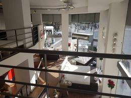 Foto Local en Venta en  Recoleta ,  Capital Federal  Avenida Las Heras al 2200