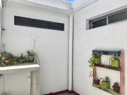 Foto Apartamento en Venta en  La Comercial ,  Montevideo  Martin Casimiro Martinez  al 2400