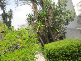 Foto Casa en Venta en  Lomas de Tecamachalco,  Naucalpan de Juárez  Se vende como Terreno, muy buena ubicacion