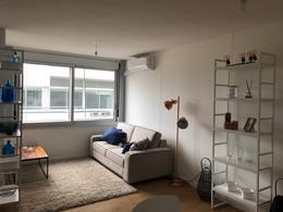 Foto Apartamento en Venta en  Malvín ,  Montevideo  Oviedo y Concepción del Uruguay
