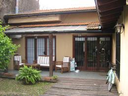 Foto Casa en Venta en  Adrogue,  Almirante Brown  ALSINA nº 1250, entre  Jorge y Rivadavia