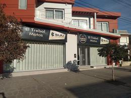Foto Local en Alquiler en  Trelew ,  Chubut  Av. Fontana al 600