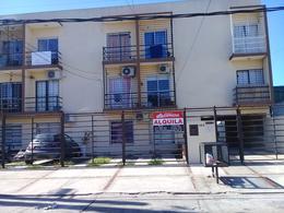 Foto Departamento en Venta en  Moron ,  G.B.A. Zona Oeste  Aberastain al 500