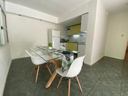 Foto Casa en Venta en  Echesortu,  Rosario  Lavalle al 1100