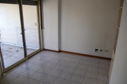 Foto Departamento en Alquiler en  General San Martin,  General San Martin  Caseros Nº 2100