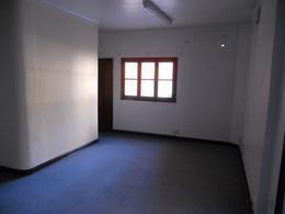 Foto Oficina en Alquiler en  Neuquen,  Confluencia  Irigoyen al 300