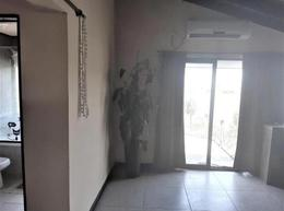 Foto Casa en Venta en  El Cazal,  Countries/B.Cerrado (Escobar)  Casa de 7 ambientes tres plantas