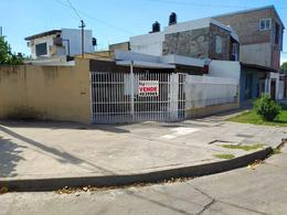 Foto Casa en Venta en  Saladillo,  Rosario  Pje. Río Grande al 5500