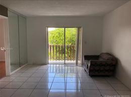 Foto Departamento en Venta en  Miami-dade ,  Florida  4845 NW 7th St # 4025,  Miami, FL
