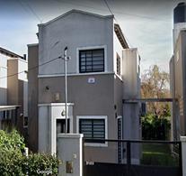 Foto Departamento en Venta en  City Bell,  La Plata  462 próximos 26