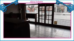 Foto Local en Venta en  Wilde,  Avellaneda  Mariano Moreno al 6200