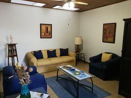 Foto Casa en Venta en  Pavas,  San José  Rohrmoser/ Uso de suelo mixto / Una planta/ 3 estacionamientos