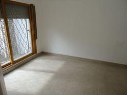 Foto Casa en Venta en  Capital ,  Neuquen  OLASCOAGA 1100