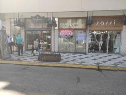 Foto Local en Alquiler en  Ramos Mejia Sur,  Ramos Mejia  Belgrano al 100