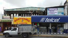 Foto Local en Venta en  Supermanzana 66,  Cancún  LOCAL COMERCIAL EN VENTA,  AV. LOPEZ PORTILLO SM 66 EN CANCUN