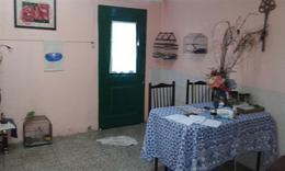 Foto Casa en Venta en  Azcuenaga,  Rosario  TENIENTE AGNETA al 1000