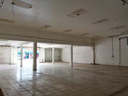 Foto Local en Renta en  Benito Juárez ,  Quintana Roo  Locales Desde 35 m2 En Avenida Miguel Hidalgo (Ruta 5)