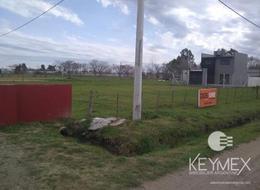 Foto Terreno en Venta en  Lisandro Olmos Etcheverry,  La Plata  Calle  43 entre 223 y 224