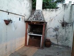 Foto PH en Venta en  Moreno ,  G.B.A. Zona Oeste  Ph en venta - Luzuriaga al 2800 - Moreno lado sur